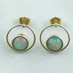750er Opalohrstecker, Welo Opalen 2,62 ct, Diamanten