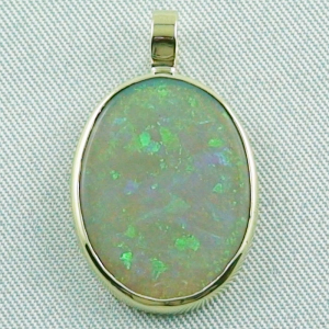 14k Goldanhänger 2,73 gr. mit 7,57 ct Black Crystal Opal