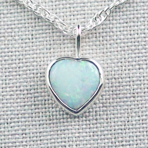 Herz-Opalanhänger 1,14 ct White Opal mit 935er Silberkette
