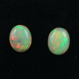 2,17 u. 2,13 ct Multicolor Welo Opal Pärchen - für Ohrringe