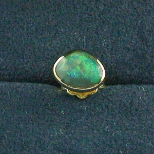 18k Single-Ohrring Männer 1,08 gr, Black Opal 0,41 ct