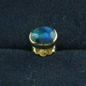 1,19 gr Männer Single-Ohrring 18k mit Black Opal 0,66 ct