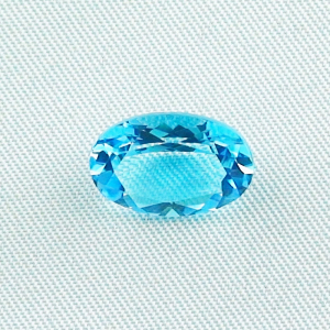 Hochwertiger Swiss Blue Blautopas 5,29 ct oval cut - Video & Zertifikat