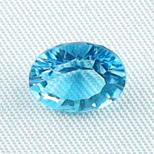2,77 ct AAA Blautopas Swiss Blue - custom oval cut - Mit Video & Zertifikat