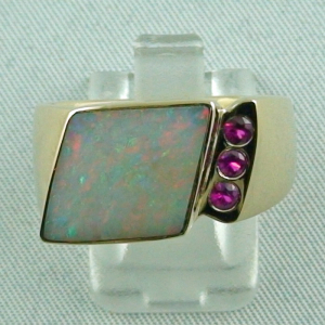 13,96 gr Goldring 14k mit White Opal Olympic Fields u Rubine