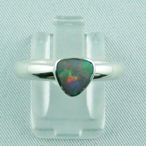 Massiver 925er Sterling Silberring mit Semi Black Opal 0,68 ct