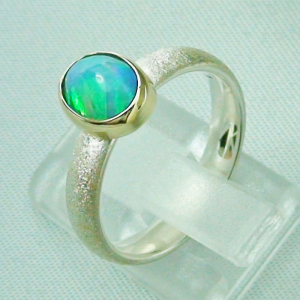 Silberring 1,05 ct Welo Opal in 14k Gold, Opalring, Bild3
