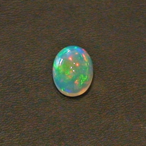 5,81 ct Welo Opal Edelstein Multicolor Afrika Cabochon